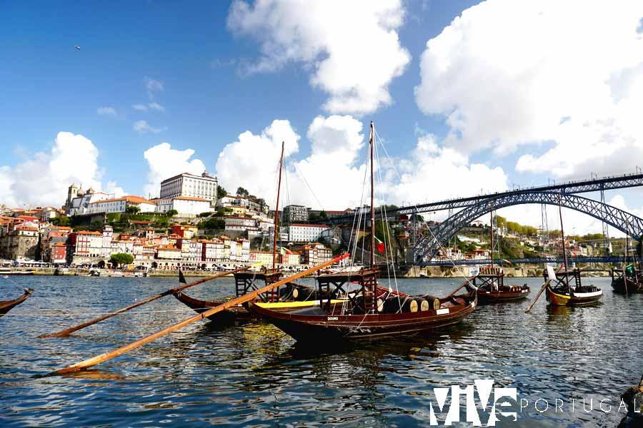 Ravelos en la orilla del Douro en Gaia