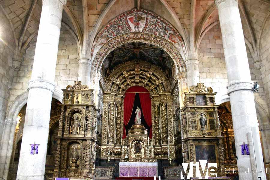 Retablo de la iglesia de San Miguel de Freixo de Espada à Cinta