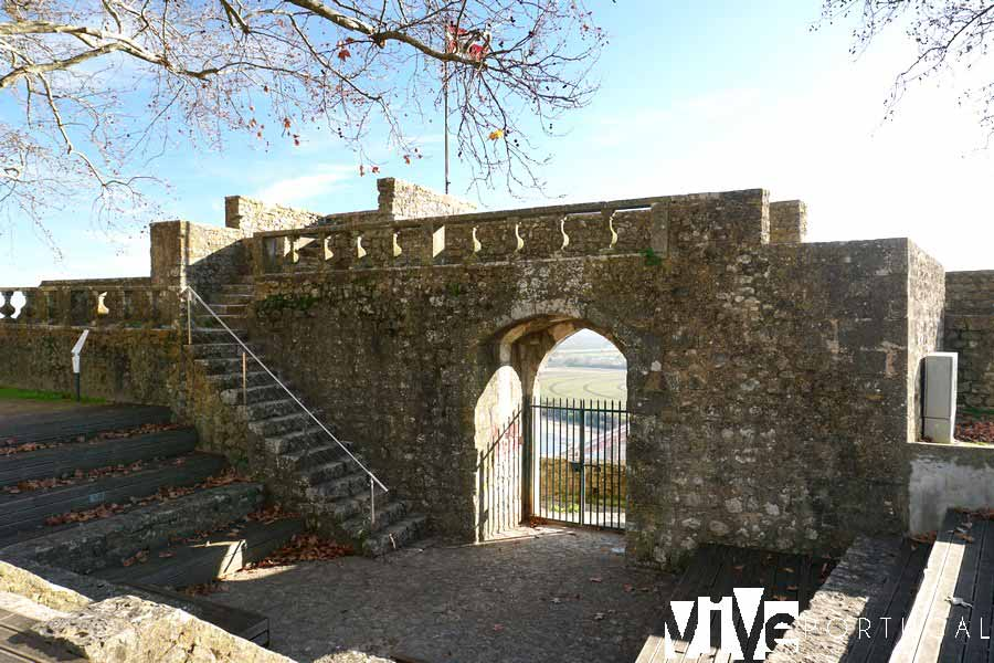 Puerta del Sol de la antigua alcazaba de Santarém