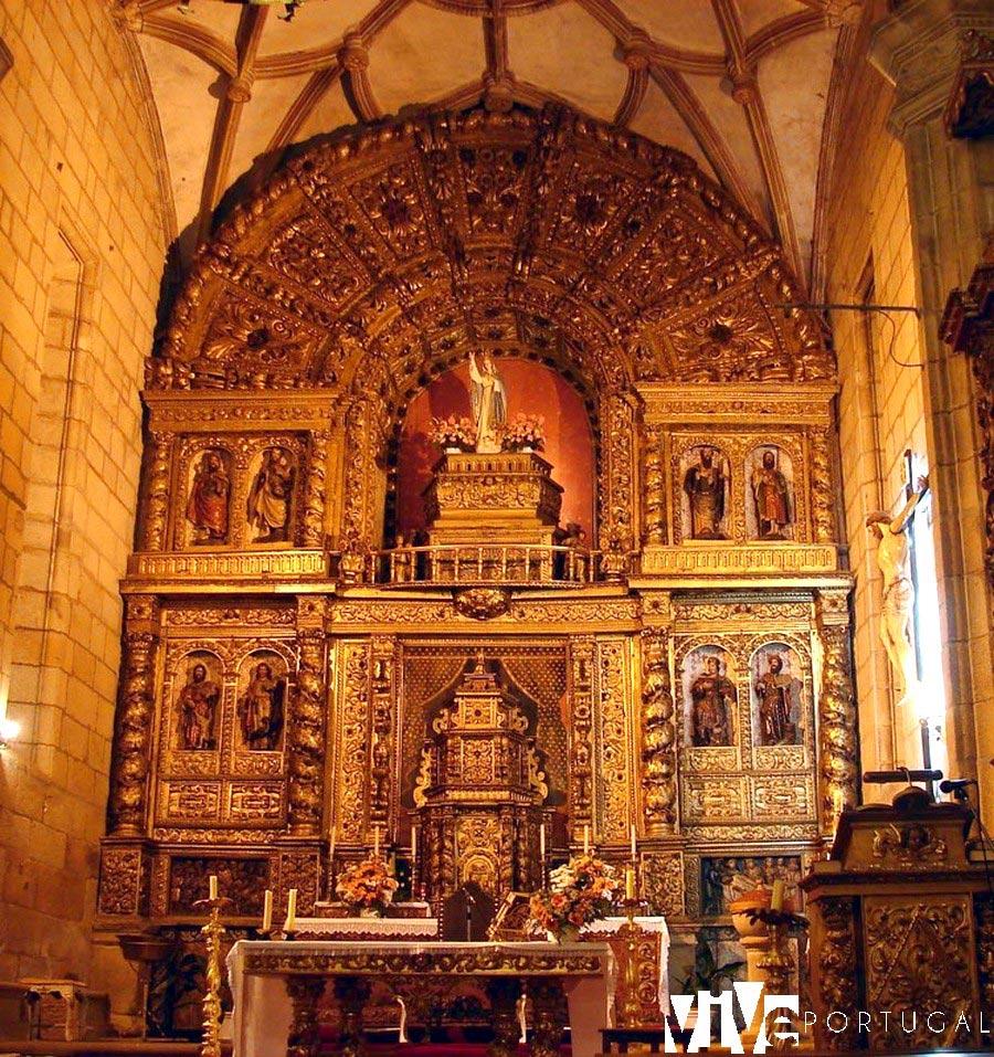 Retablo de la iglesia de Escalhão qué ver en Figueira de Castelo Rodrigo