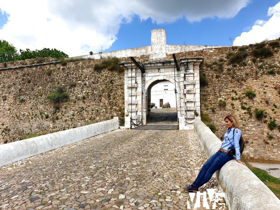 Porta de Évora qué ver en Estremoz