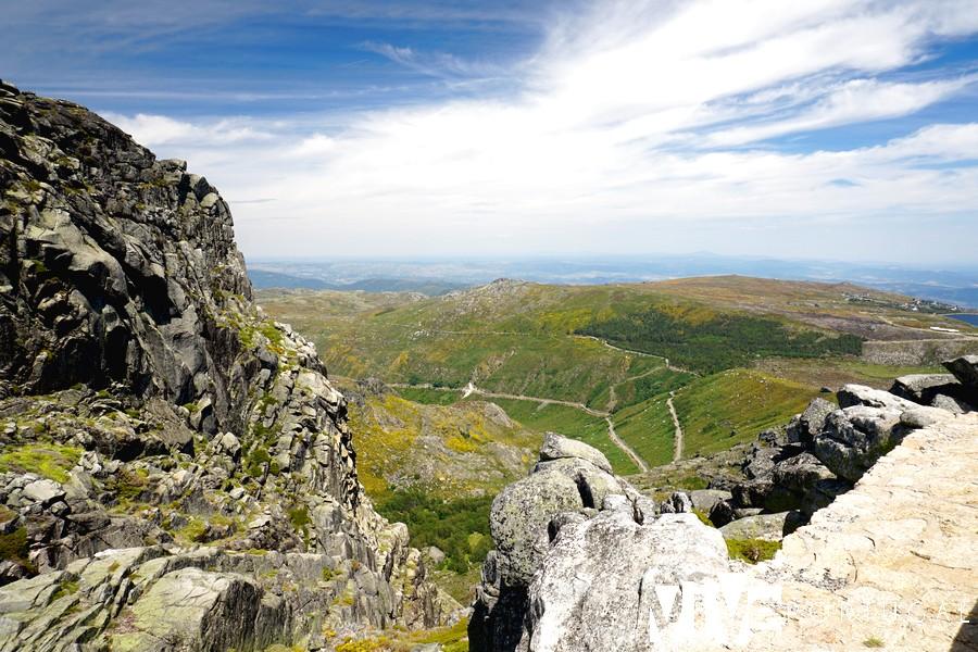Vistas de la Sierra de la Estrella desde la carretera que une Manteigas con el pico Torre