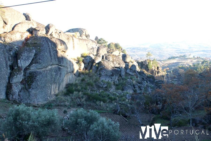 Paisaje granítico del entorno de Moreira de Rei